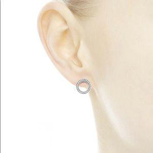 📍NEW - Forever PANDORA Stud Earrings
